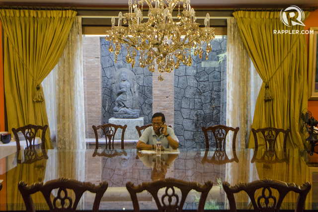 HIS NEXT MOVE. Plunder complaints await Binay as he steps down as Vice President. Will he succeed against them? Photo by Rob Reyes/Rappler