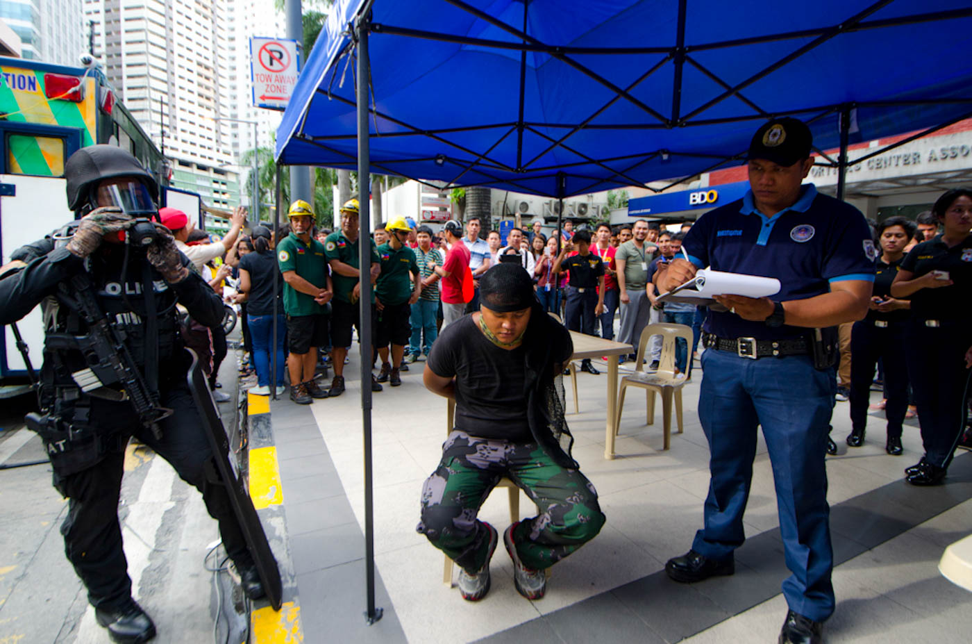 TERROR ATTACK. The leader of the terrorist group who attacked during the #MMShakeDrill in Pasig City. Photo by Rob Reyes/Rappler