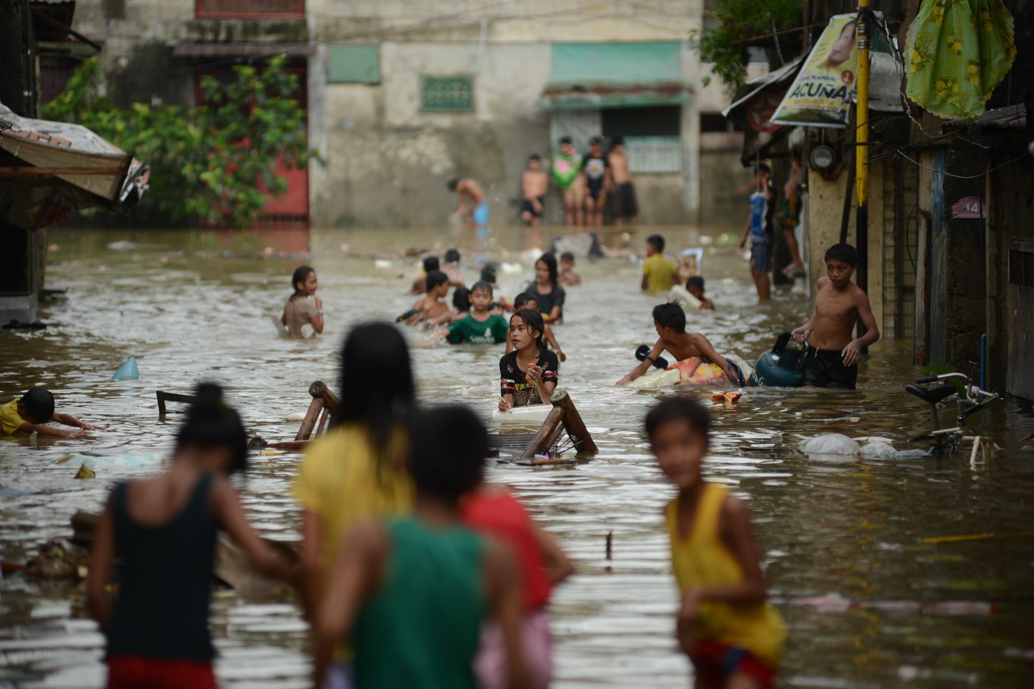 FLOOD. This file photo shows waist-deep flooding in Marikina on August 2016. File Photo by Martin San Diego/Rappler