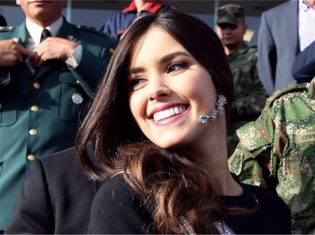 Miss Universe Paulina Vega: Miss Universe Paulina Vega Hits Donald Trump For Anti