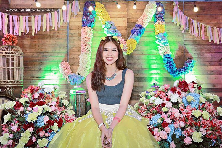 Watch Maine Yaya Dub Mendoza S Coachella Themed