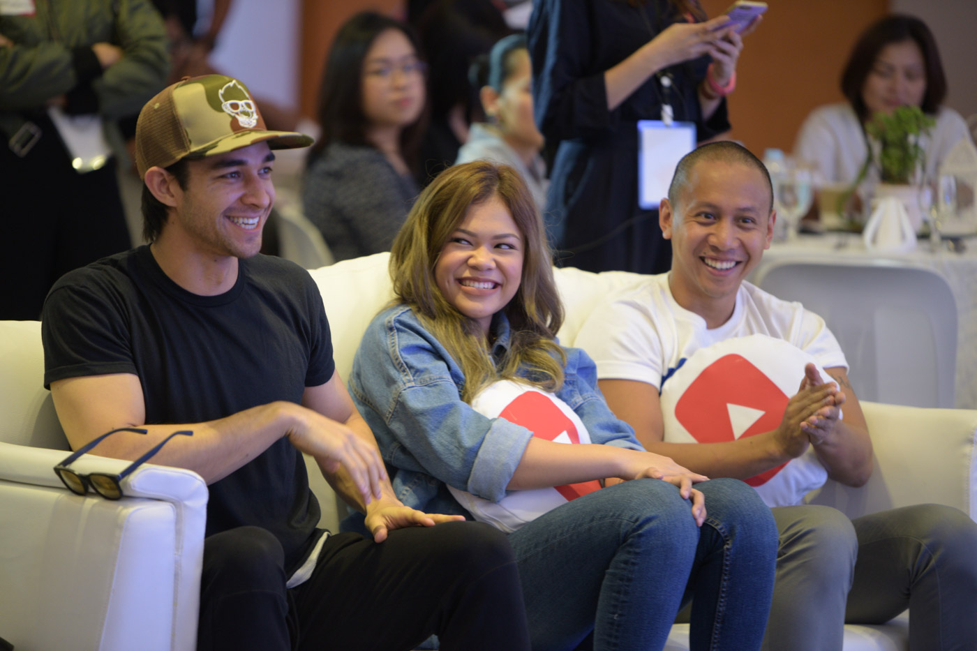 Q AND A. Mikey Bustos joins the rest of the YouTube stars during the presscon. Photo by Alecs Ongcal/Rappler