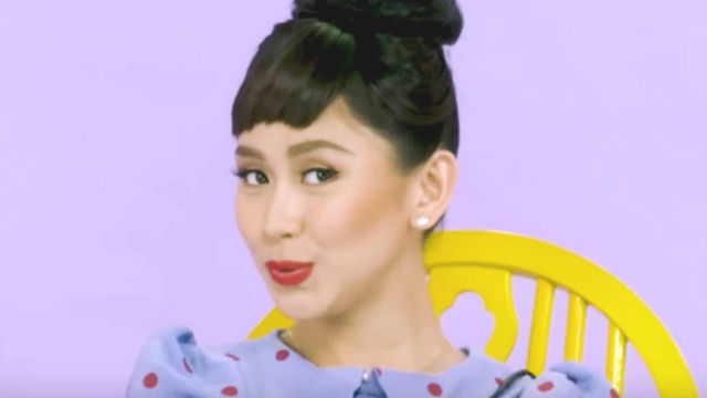 RETRO. Sarah Geronimo goes retro in her new music video 'Kiss Me, Kiss me,' the theme song of the movie 'Miss Granny.' Screenshot from YouTube/Viva Records