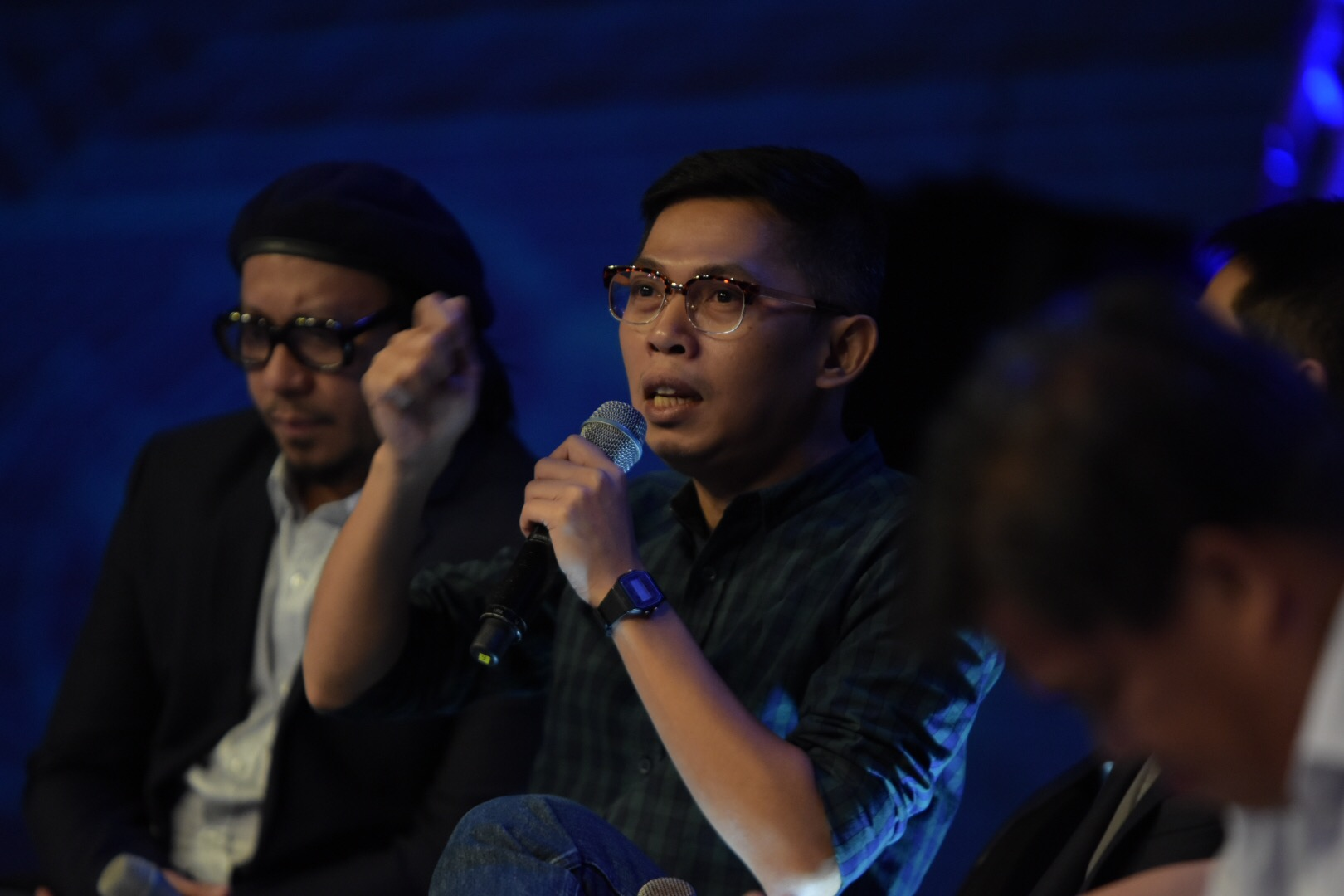 FREEDOM. Blogger and columnist Tonyo Cruz laments the power of free speech in a democracy. Photo by Leanne Jazul/Rappler