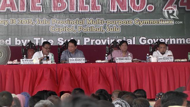 PUBLIC HEARING. (From left) Davao del Norte Representative Antonio Lagdameo Jr, Sulu Vice Governor Abdusakur Tan, Senator Ferdinand Marcos Jr, Sulu Governor Abdusakur Tan II