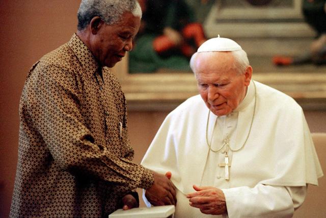 au revoir Nelson... Mandela-retrospective-rappler-20132706-013_8E69A1229EC74D699A933E542DE05054