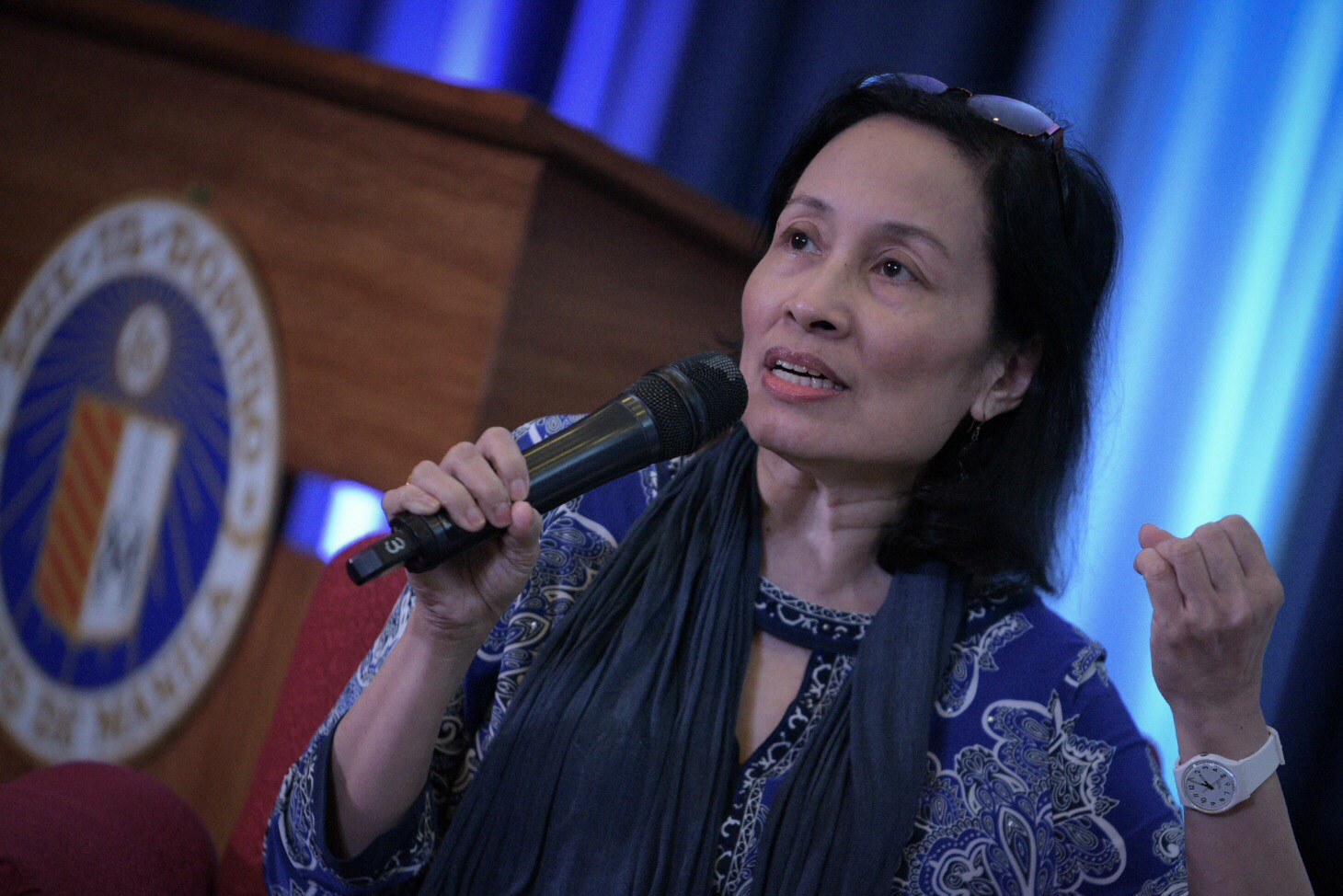 RESPONSIBLE BLOGGERS. Jane Uymatiao of Blogwatch during the Democracy and Disinformation forum at Ateneo de Manila Makati campus on February 13, 2018. Photo by LeAnne Jazul/Rappler