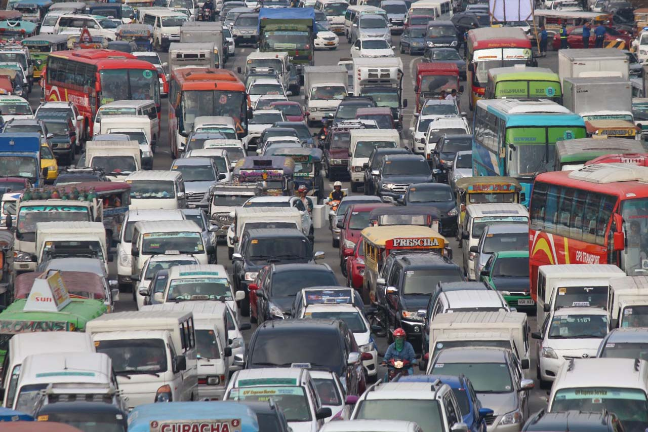 traffic jam 2 essay Here is a band 85 ielts essay sample submitted by one of our  traffic  congestion is the most pressing issue that many cities across the.