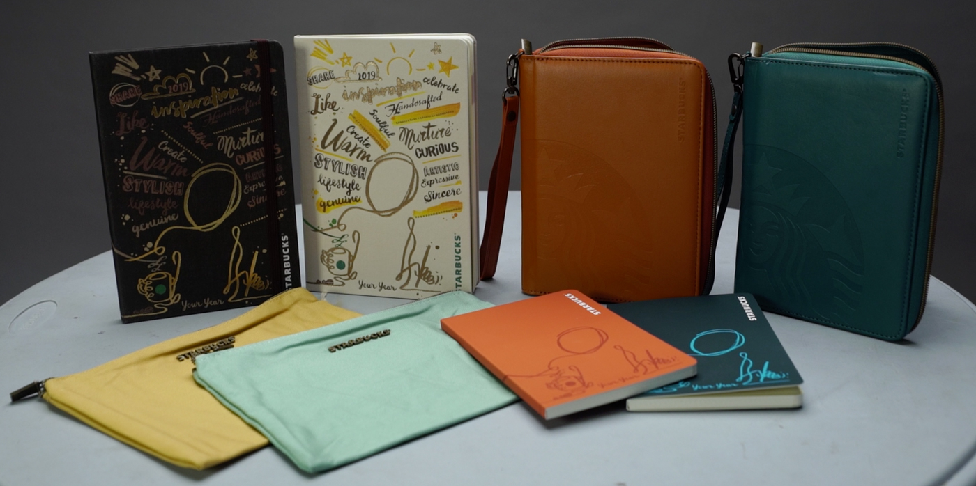 WATCH: The Starbucks 2019 planner and travel organizer unboxed