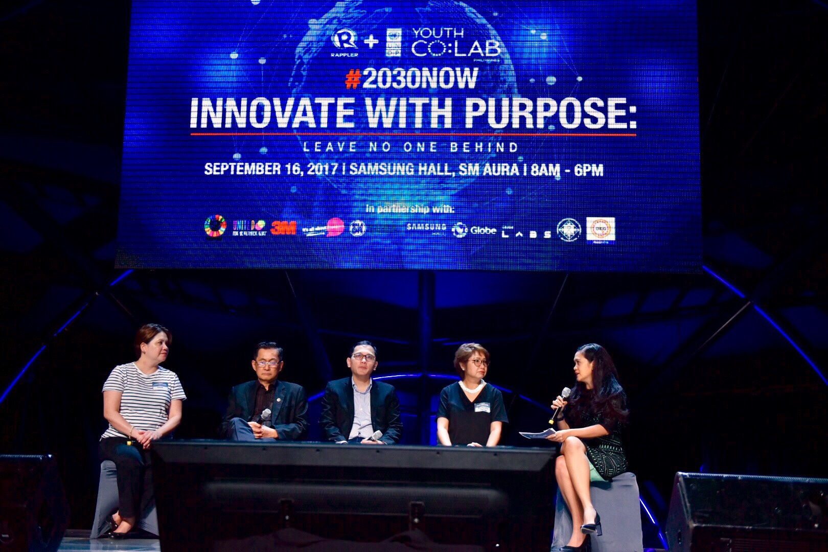 ONGOING DISCUSSION. Government regulators and innovators should discuss the impact of new technology. All photos by LeAnne Jazul/Rappler
