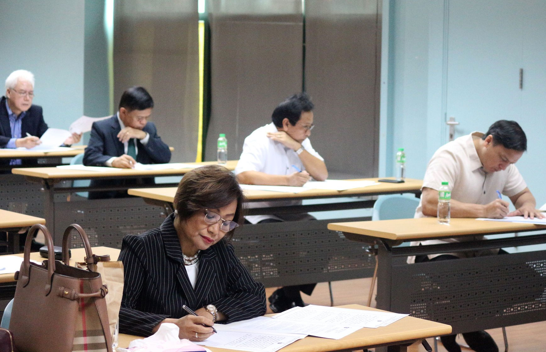 LOOK: Justices take essay-writing exam for Supreme Court