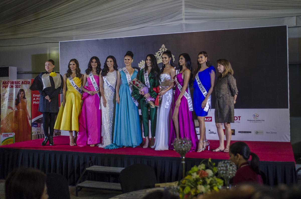 The Bb Pilipinas queens with Dr Lia Bernardo and Raymond Villanueva