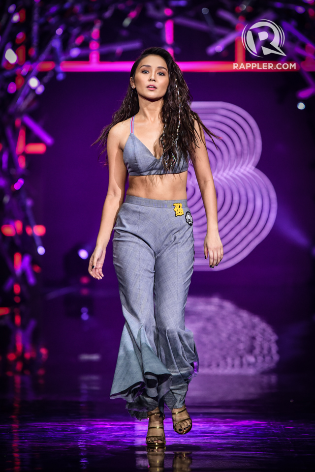 KATHRYN BERNARDO. The actress wears grey crop top and cropped flares.