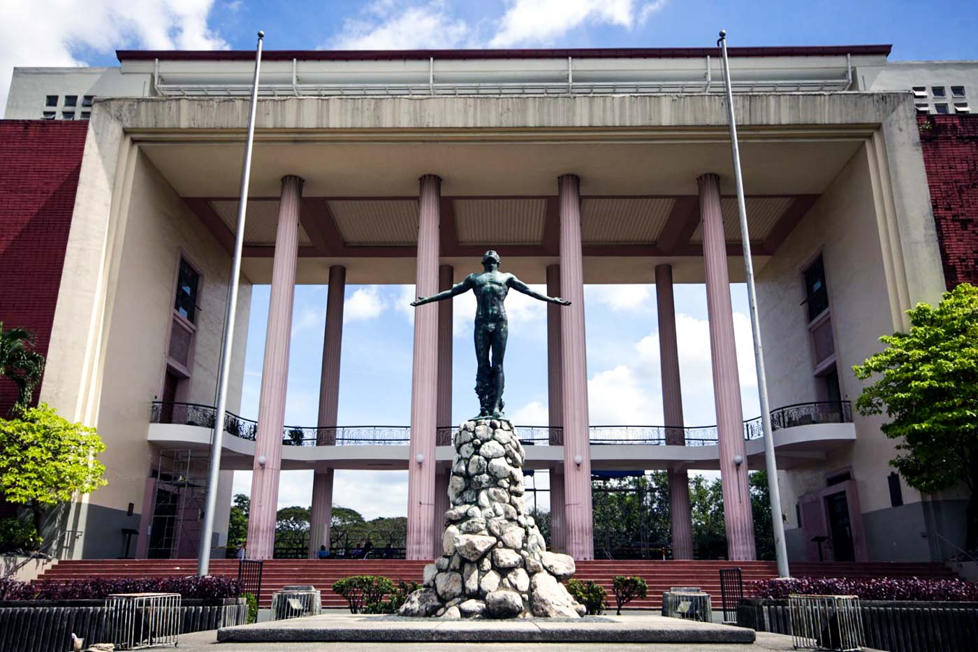 LOW TURNOUT. University Student Council elections of University of the Philippines Diliman get their lowest turnout in at least 11 years. Photo by Darren Langit/Rappler