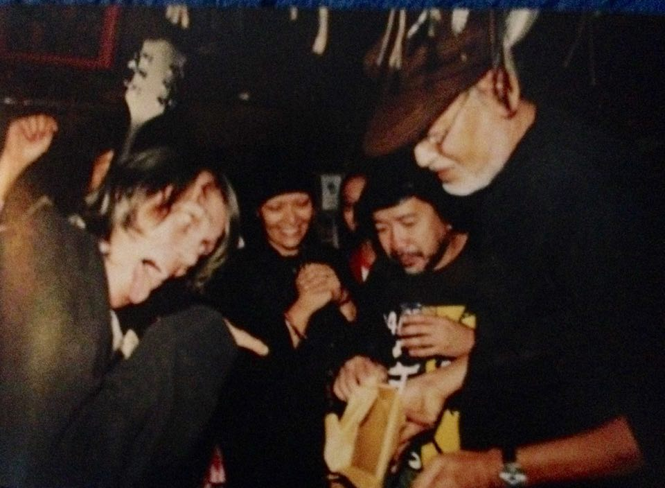 Pepe Smith, with artists Benjie Mallari and Bencab. Photo from Benjie Mallari's collection