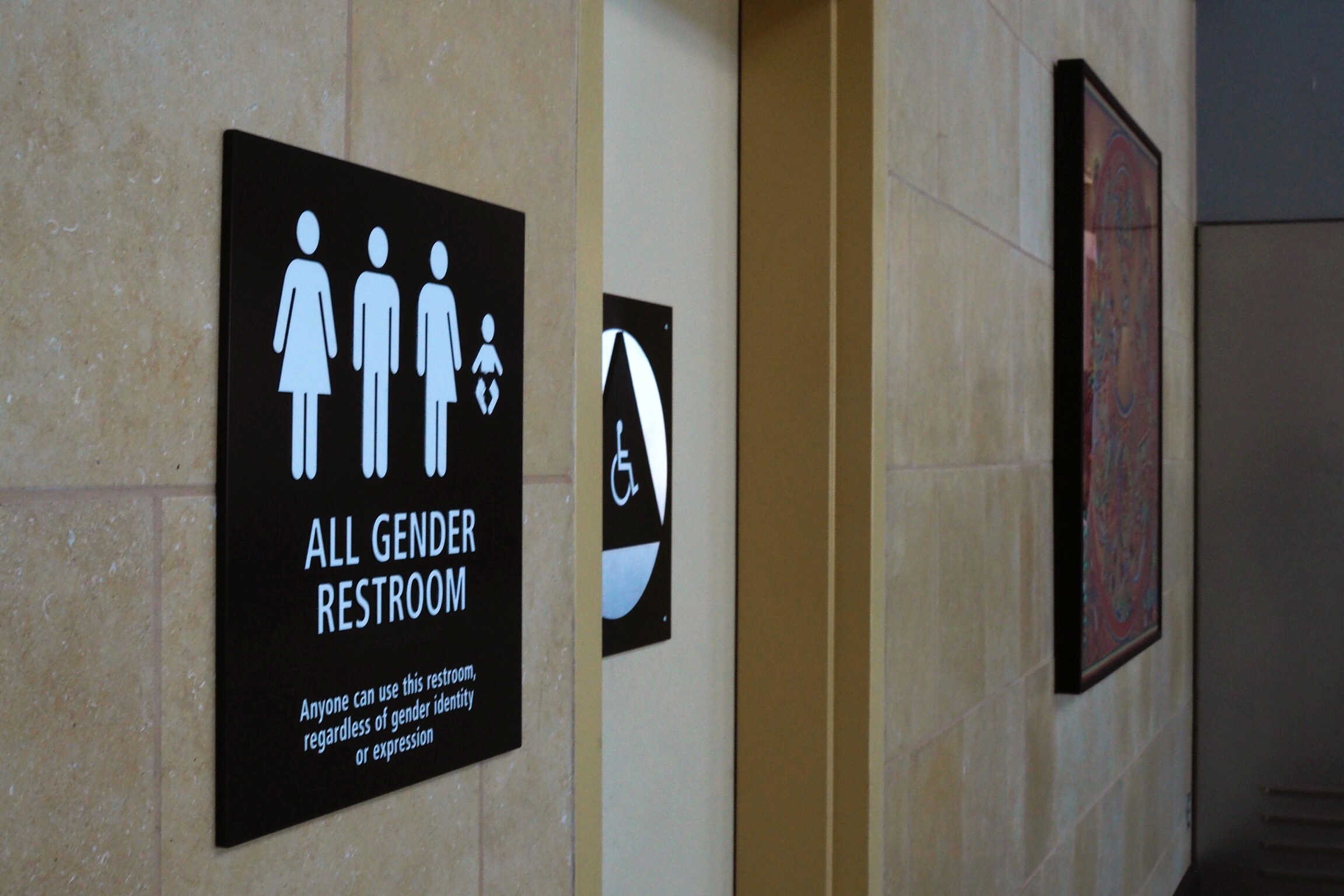 us states sue federal government over transgender bathroom use