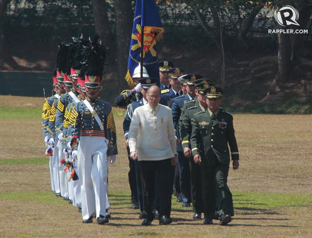 PMA GRADUATION. Breaking tradition during the PMA Sinaglahi class 2015 graduation rites, as President Benigno Aquino chose to walk. Photo from Malacanang photo bureau