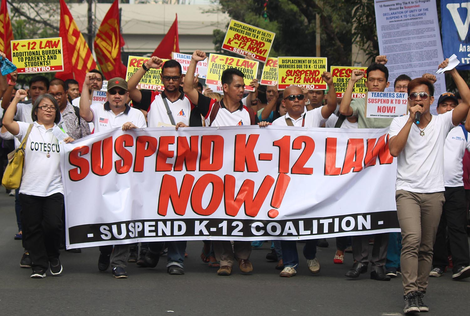 SC urged: Suspend K to 12, let Grade 10 students take UPCAT