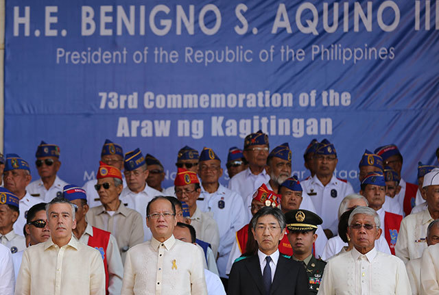 ALLIES. President Benigno S. Aquino III (second from left) and Defense Secretary Voltaire Gazmin (rightmost) with US Ambassador Philip Goldberg and Japan Ambassador Kazuhide Ishikawa. Photo by Lauro Montellano Jr/Malacanang Photo Bureau