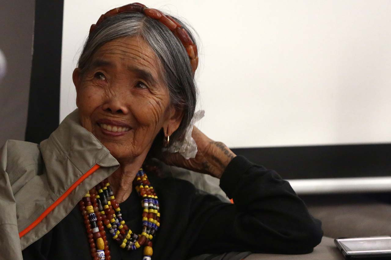 LEGEND. Kalinga tattoo artist Apo Whang Od Oggay is featured at the Manila FAME from October 21 to 22, 2017. Photo by Ben Nabong/Rappler