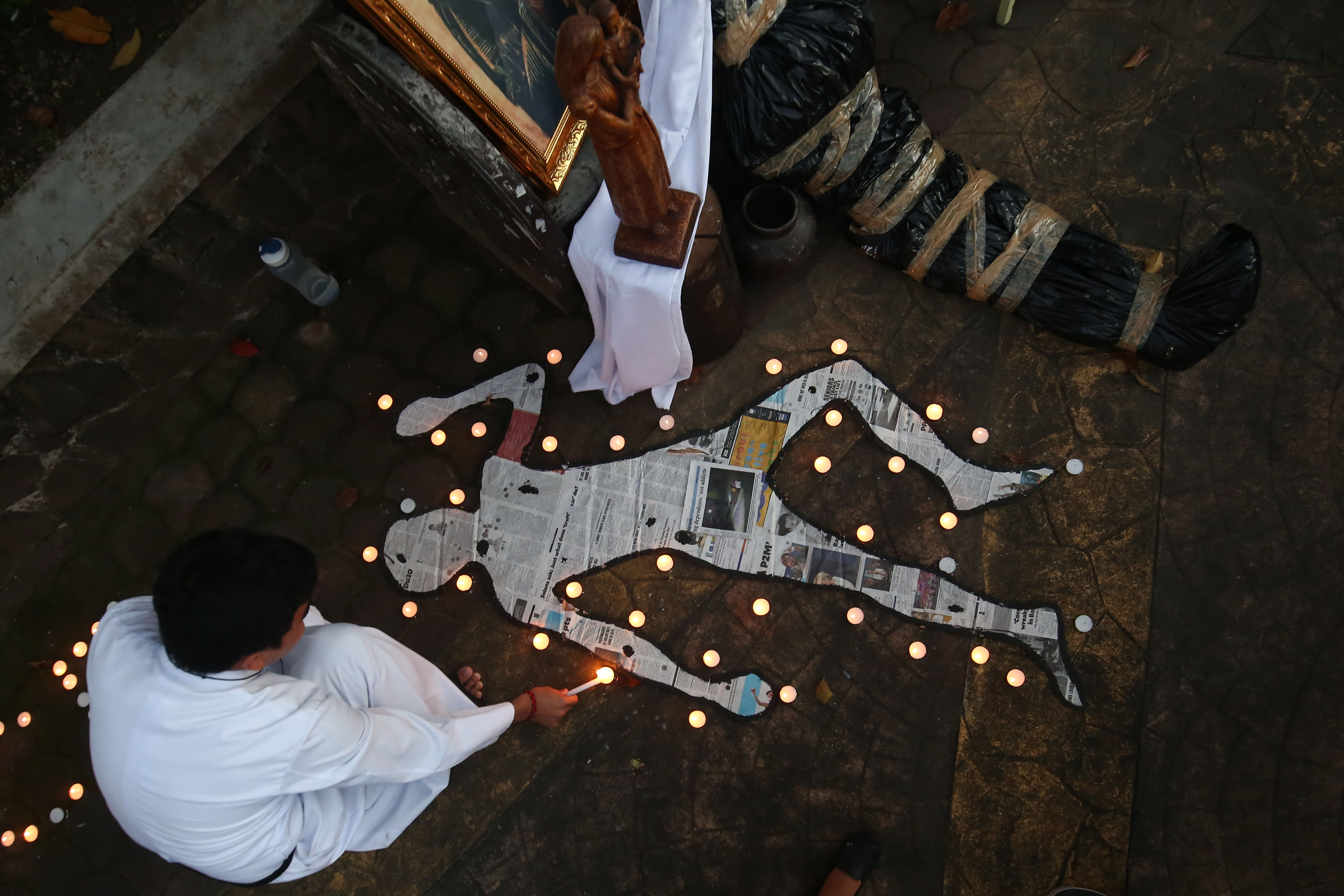 REMEMBERING. A mass will be held on October 31, Tuesday, at the San Isidro Labrador Parish for the victims of drug-related killings. File photo