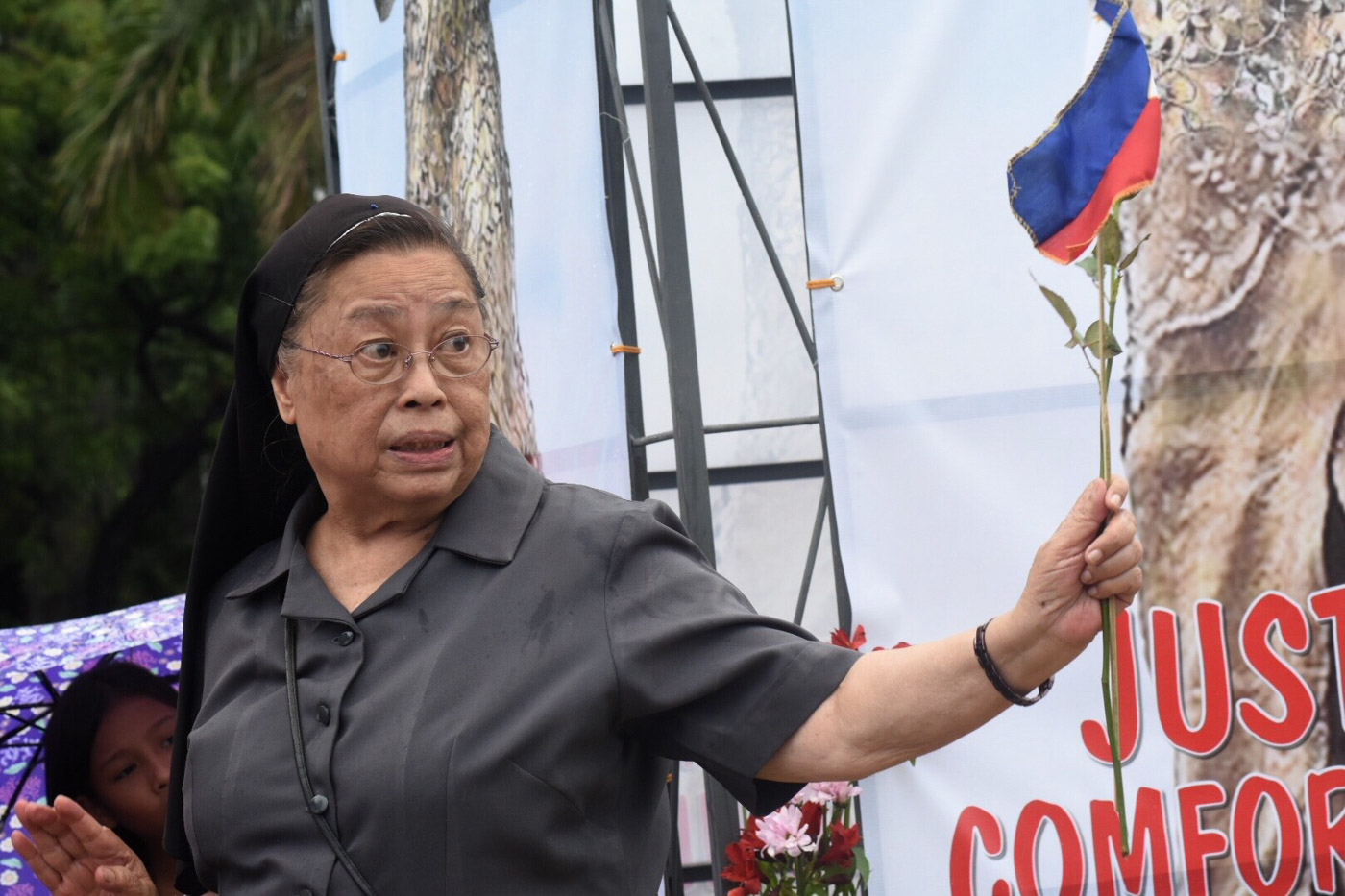 JUSTICE FOR COMFORT WOMEN. Sister Mary John Mananzan addressed the group gathered at Manila Bay on June 12, 2018. Photo by Angie de Silva/Rappler
