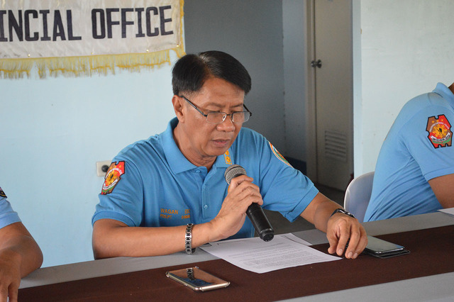 OUTSOURCED CRIME. Police Senior Superintendent Edwin Buenaventura C. Wagan, Zamboanga del Norte Provincial Police Directcor, fields questions at a press conference in Camp Hamac, Dipolog City, on June 14, 2016.  Photo by Gualberto Laput/Rappler