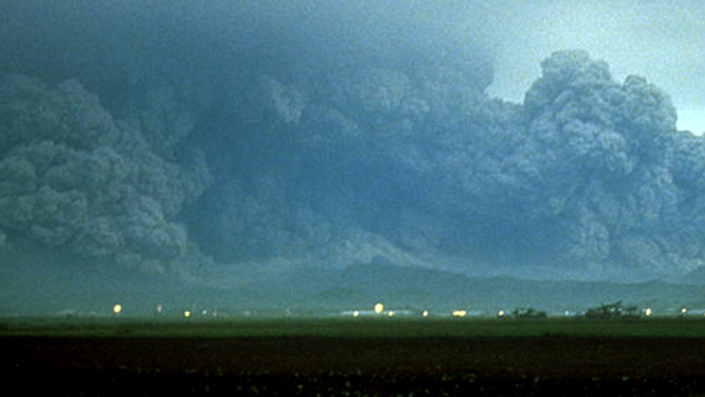 a history of the eruption of mt pinatubo on june 15th 1991 On the 15th june of 1991, the second largest volcanic eruption of the twentieth century took place on the island of luzon in the philippines, 90 km northwest of the capital city manila it was also, by far, the largest eruption to affect a densely populated area mount pinatubo, a stratovolcano.