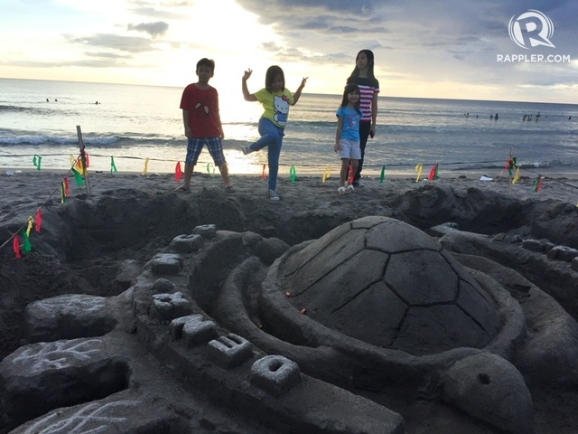 SAND SCULPTURE. Pawikans were also sculpted from sand. Photo by Juliana Comiso
