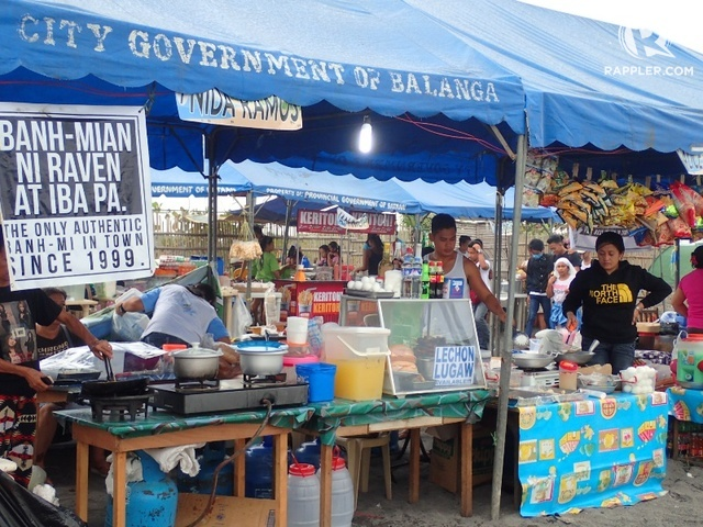FOOD STALLS. There is also a variety of food available along the beach.