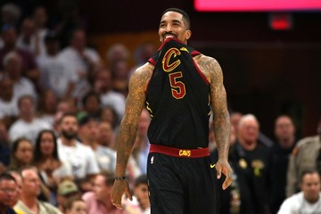 aaf48f252049 WATCH  Golden State Warriors fans shower JR Smith with  MVP  chants