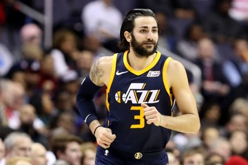 Jazz continue mastery over Davis-less Pelicans