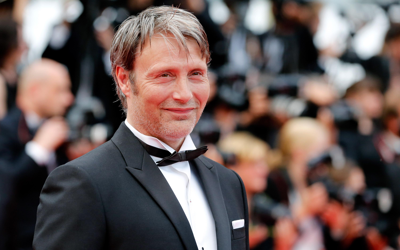 France Honors Bond Villain Mads Mikkelsen