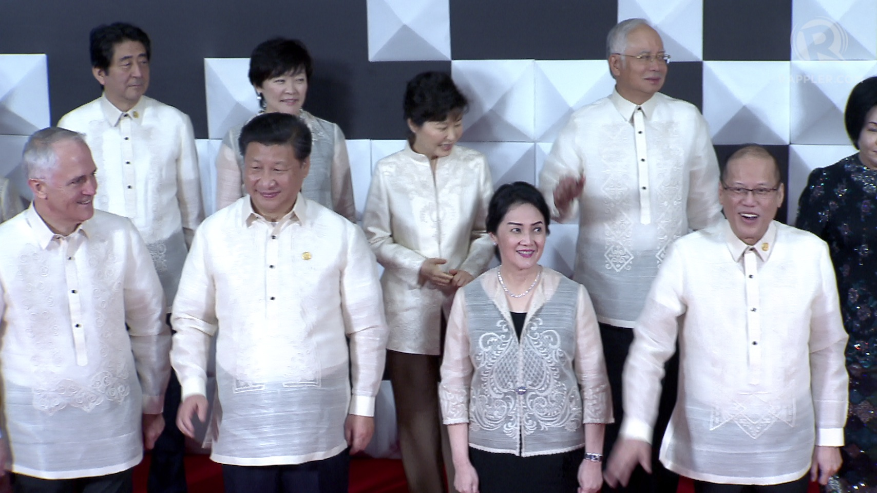 Designer Paul Cabral 39 S Barong Designs For Apec Leaders