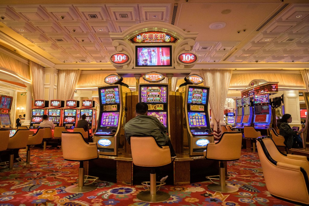 You Can Follow Online Gambling Tips ONCE YOU Learn How To Play afp-20200204-macau-casino