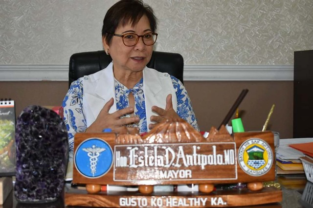 OPPOSITION. Mayor Estela Deloso Antipolo says the development will leave San Antonio as one of the smallest towns in the Philippines. Photo from San Antonio FB
