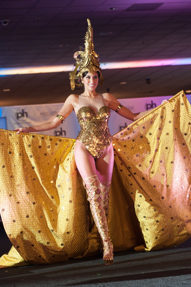Rachel Peters in sarimanok inspired costume by Val Taguba