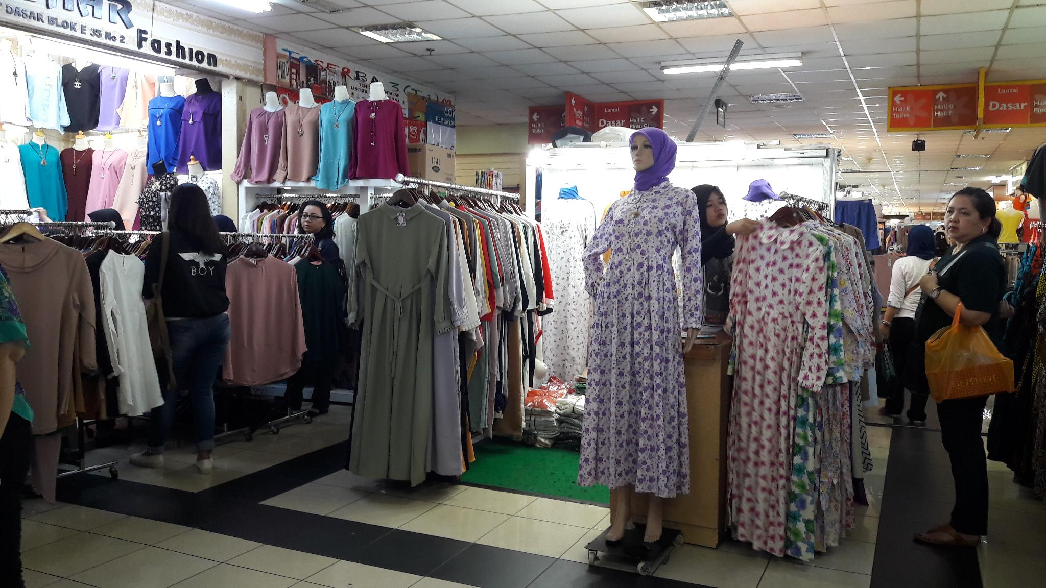 model display toko baju model display toko baju berburu