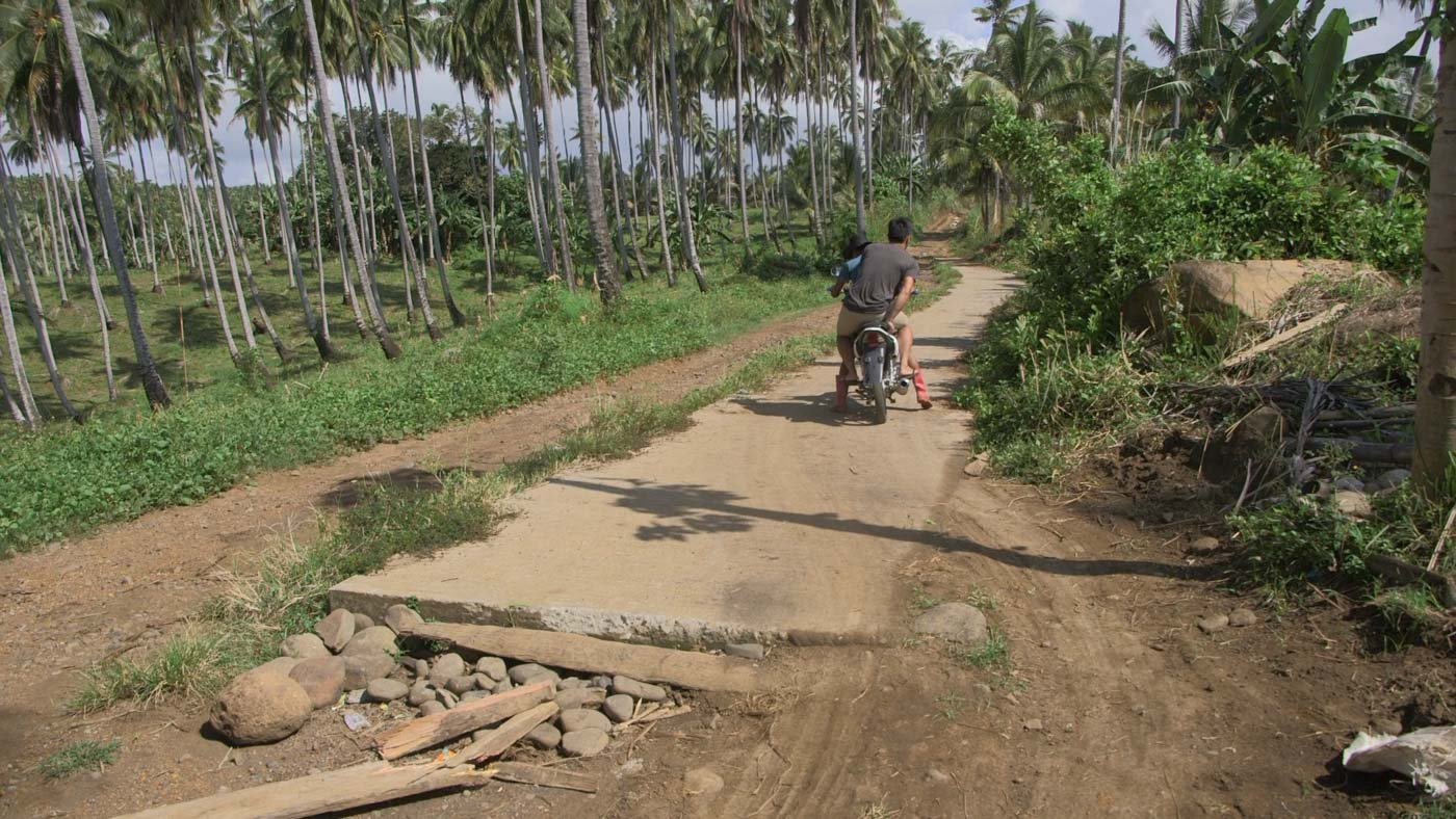 HALF-BAKED. This half-finished road is in Picong. Photo by Adrian Portugal/Rappler