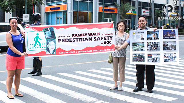 Safety Walk at BGC. Participants gather for a family safety walk to remind motorists about the importance of following road rules. Photo by Alison Julia Tabong/Rappler