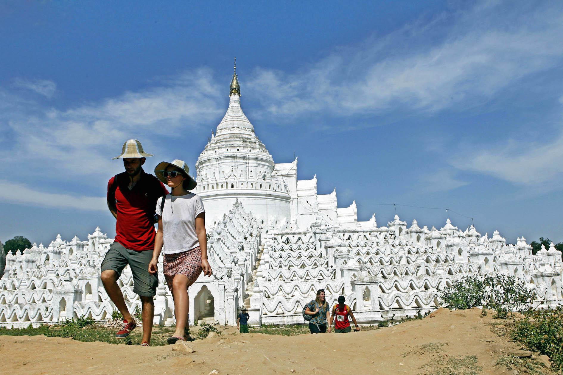 20160802-myanmar-tourism.jpg