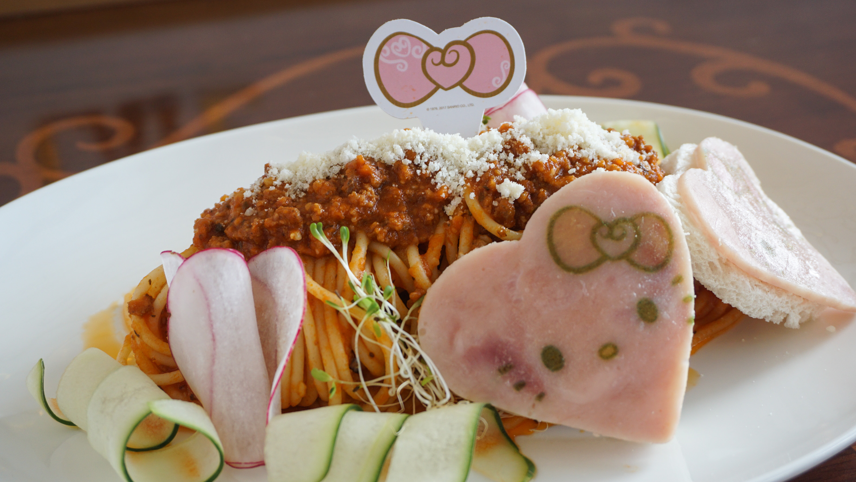 Watch manila 39 s first hello kitty cafe is both pretty and - Cuisine hello kitty ecoiffier ...