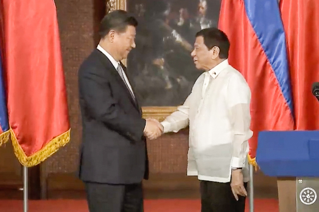 XI AND DUTERTE. Chinese President Xi Jinping and President Rodrigo Duterte on November 20, 2018. Screengrab from RTVM