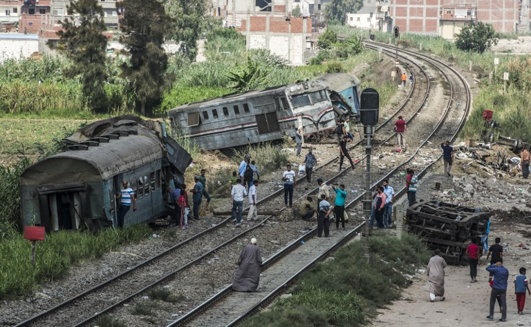 Egypt train crash toll hits 41 as cranes clear busy link