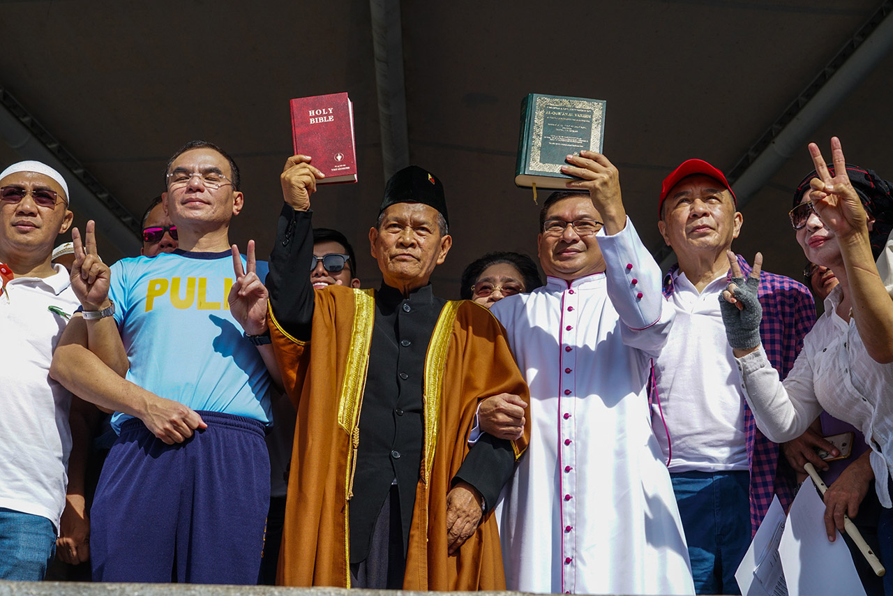 Muslims, Christians Join Forces Vs Terrorism In PH