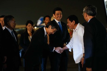 Duterte assures Japan: No military alliance with China