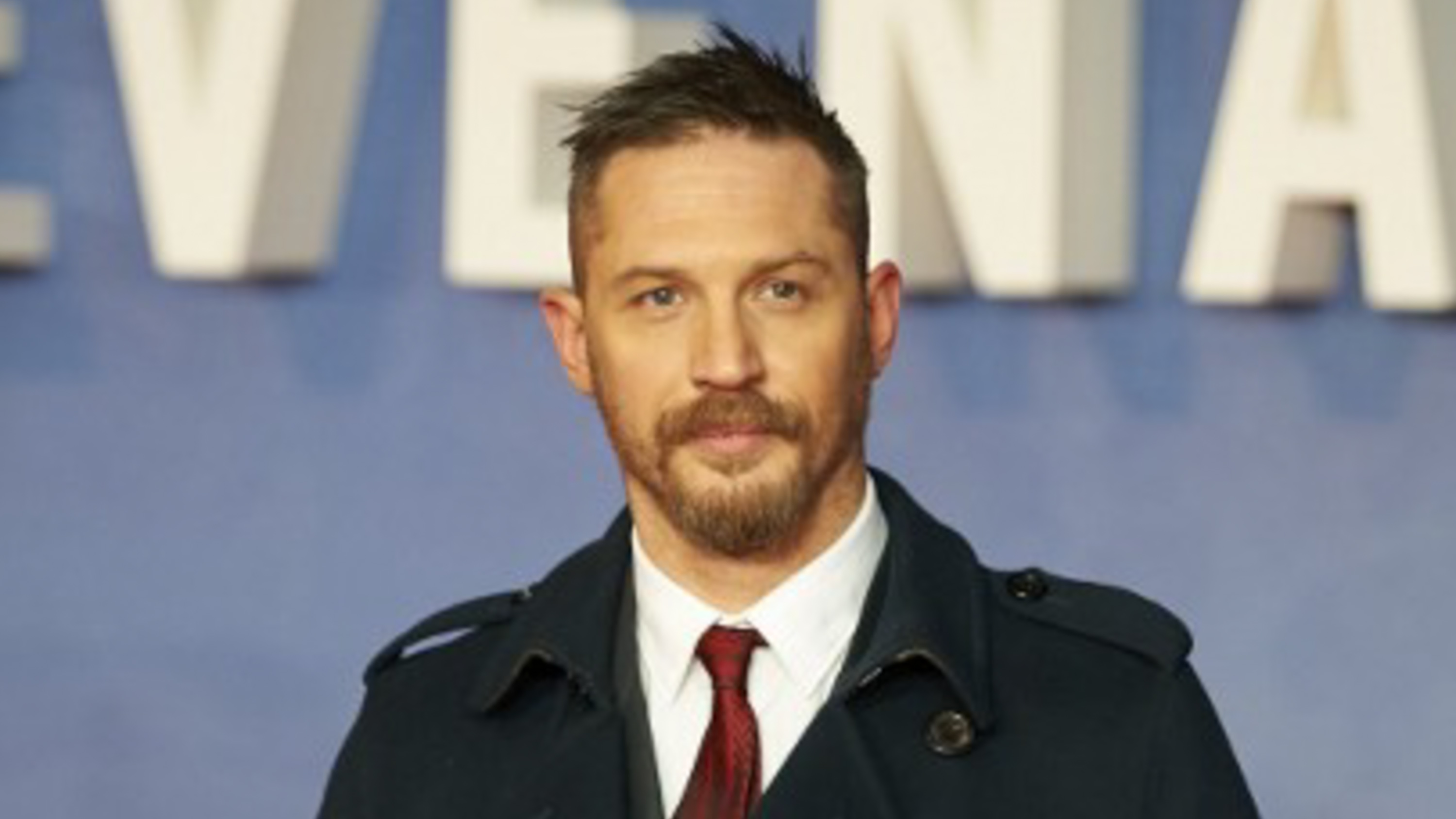 Tom Hardy will a Leonardo DiCaprio tattoo after losing bet