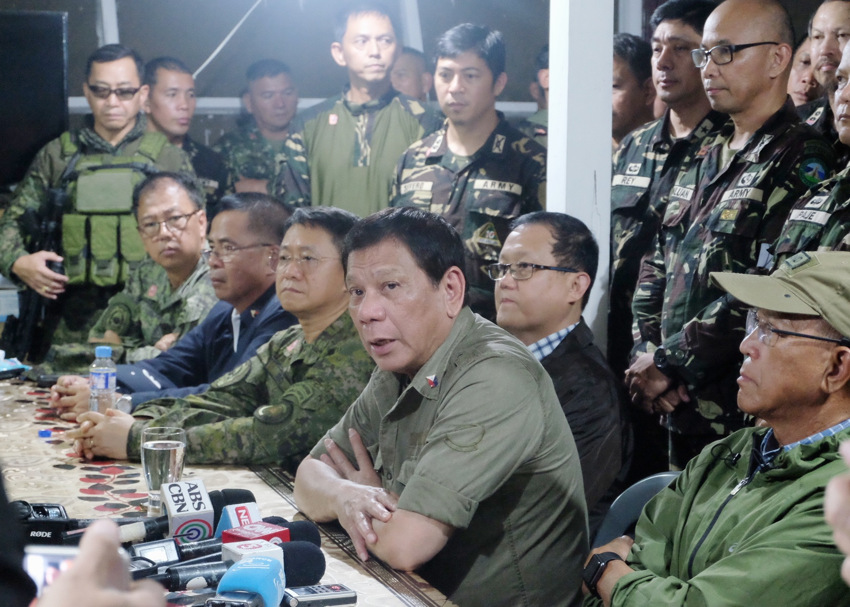 President Rodrigo Duterte along with top military officials visits Camp Ranao, Headquarters of the 103rd Brigade on Marawi city on Thursday, Sept. 21,2017. Duterte reiterates his commitment to rebuild much of the city which is destroyed by the ongoing conflict between terrorists Maute and Abu Sayyaf Groups and government forces. Photo by Bobby Lagsa/Rappler