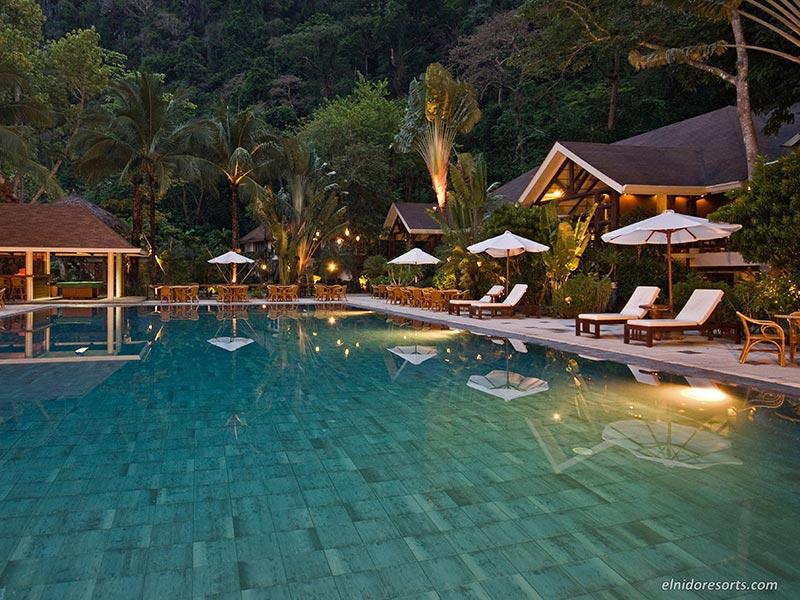 El Nido Resorts Wins At World Travel Awards 2014