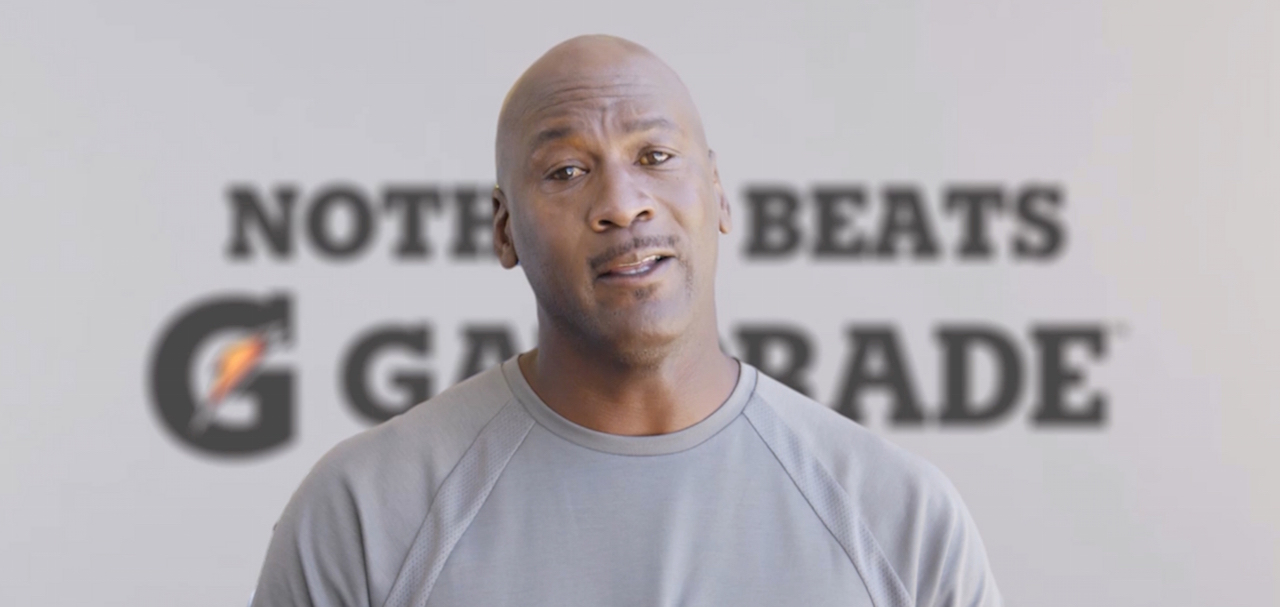 9814019ab96c7e WATCH  Michael Jordan says  Mabuhay  to the Philippines